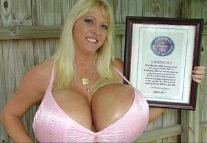 Огромные груди зд фото 193-627