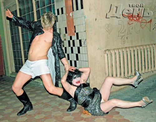 Даша Васнецова голая в постеле со своим папашей Порно