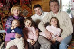 Yushchenko's daughters appeared in the center of a scandal