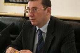 Interior Minister of Ukraine: Timoshenko was ok but Yekhanurov is better