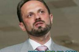 Roman Bezsmertny resigned
