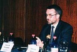 Ask your questions to UK Ambassador to Ukraine Robert Brinkley