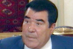 President of Ukraine invites Turkmenbashi to Kyiv