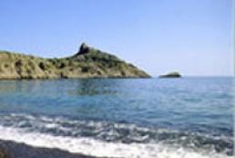 Russia illegally controls Crimean coast