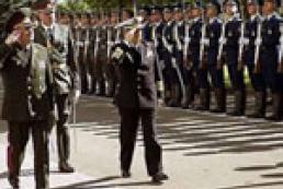 Ukrainian military delegation arrives in Poland