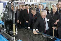 Yushchenko visited Kharkiv Science Exhibition