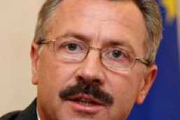 Holovaty proposes to cancel home passports