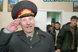 Ukraine's Defence Minister to award Ukrainian peacekeepers