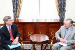 Ukraine's Foreign Minister Tarasyuk received credentials of newly appointed U.S. Ambassador Taylor