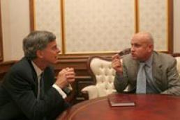 Rybachuk meets U.S. Ambassador