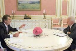 Ukraine's President meets Oleksandr Moroz