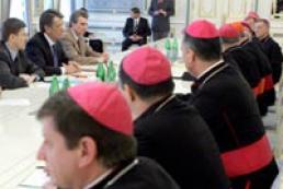 Ukraine's President meeting Catholic bishops