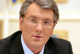 Zhytomyr people meet Yushchenko with respect