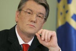 Viktor Yushchenko attends Chornobyl service