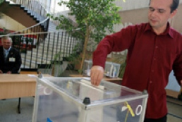 Elections of Kyiv mayor to be in early 2008?
