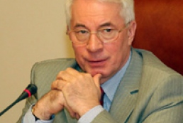 Azarov is not satisfied with journalists