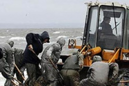 Kerch channel is almost cleaned