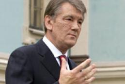 Yushchenko laid flowers to Shevchenko monument