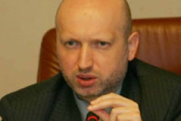 Turchynov wants proper relations between Cabinet and President