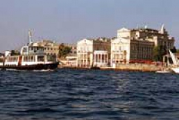Ukrainian flags to be hung out in Sevastopol