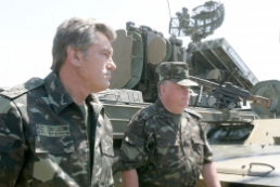 President's visit to Ukrainian military forces