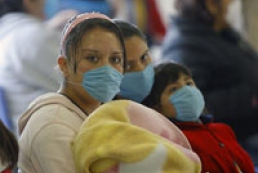 WHO official says world edging towards pandemic
