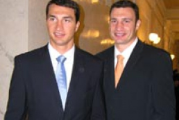Vitali Klitschko will give security lesson for UEFA Euro 2012 volunteers