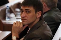 Roman Landyk signed a 'peace treaty' with beaten up girl