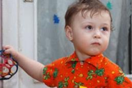 PM Azarov orders inspection of Ukraine's foster homes