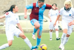 Kyiv host women football tournament