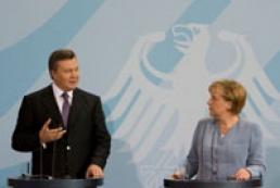 Yanukovych congratulated Merkel on her birthday