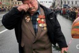 Azarov promised veterans to increase pensions