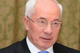 PM keeps savings in hryvnia