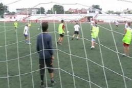 Germans present Ukrainian children with mini-football field