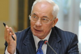 Azarov decided to reach out a hand to yesterday's opponents