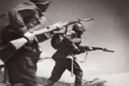 Azarov regrets distortion of World War II history