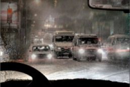 Traffic Police urges drivers to dip headlights in bad weather conditions