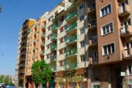 Expert: Real estate market may freeze