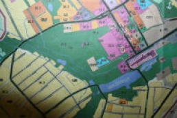 Cadastral map to help fight with buildings in restricted areas