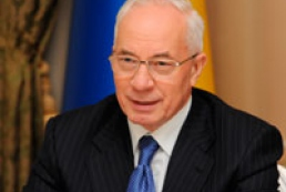 Azarov wants Ukrainians to learn history without distortion