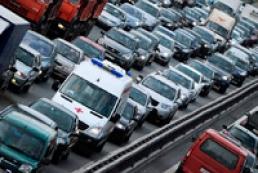 Poor traffic culture hampers ambulances