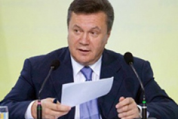 Yanukovych delays transition to professional army