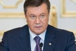 Yanukovych demands to inform Ukrainians on combating corruption