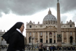 Conclave gathers to elect new Pope