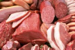 Ukrainians begin to eat more meat, Azarov states