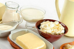 Azarov: Domestic dairy products can fully replace imported