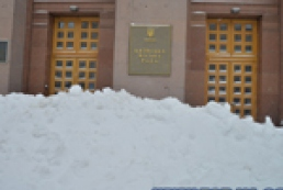 News from under the snow: Post-apocalyptic Kyiv