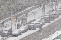 Scientist explains reason for March snowfall