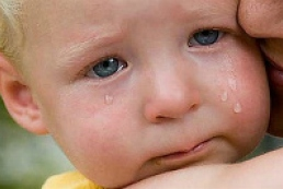 Foreigners adopt Ukrainian children not actively