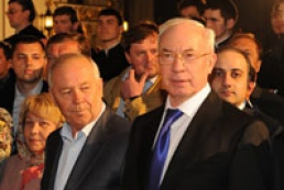 Azarov, Rybak attend Easter liturgy